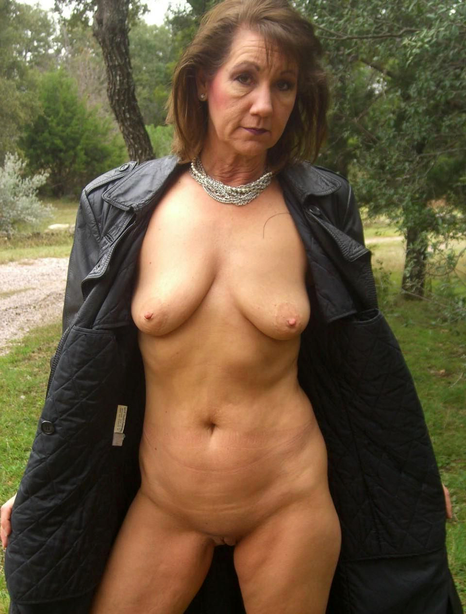 Real mature pussy pics