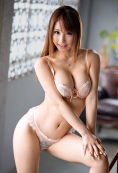 Sexy chinese girls topless